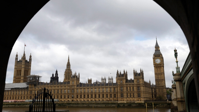 Britain's Houses of Parliament seen through an archway in London, Thursday, May 7, 2015. (AP / Kirsty Wigglesworth)