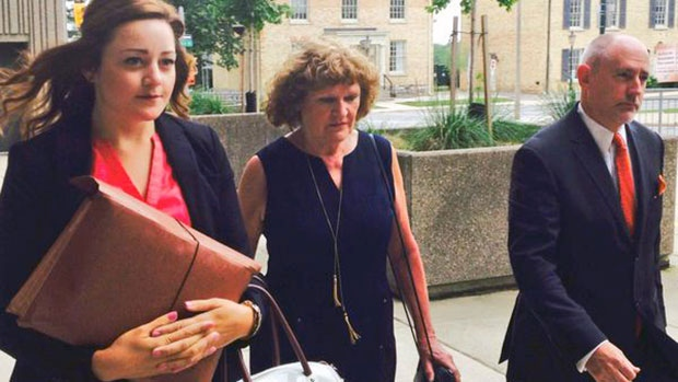 Ruth Burger arrives in a London, Ont., court, Friday, June 19, 2015. (Gerry Dewan / CTV News)