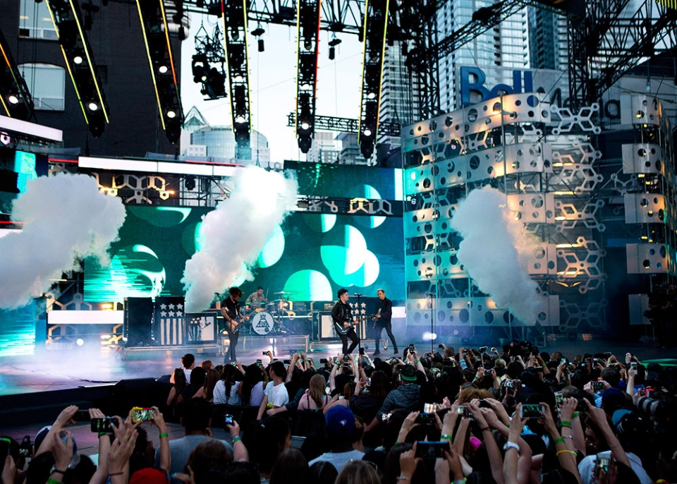 Fall Out Boy performs during the 2015 MuchMusic Video Awards in Toronto on Sunday, June 21, 2015. (Chris Young / THE CANADIAN PRESS)