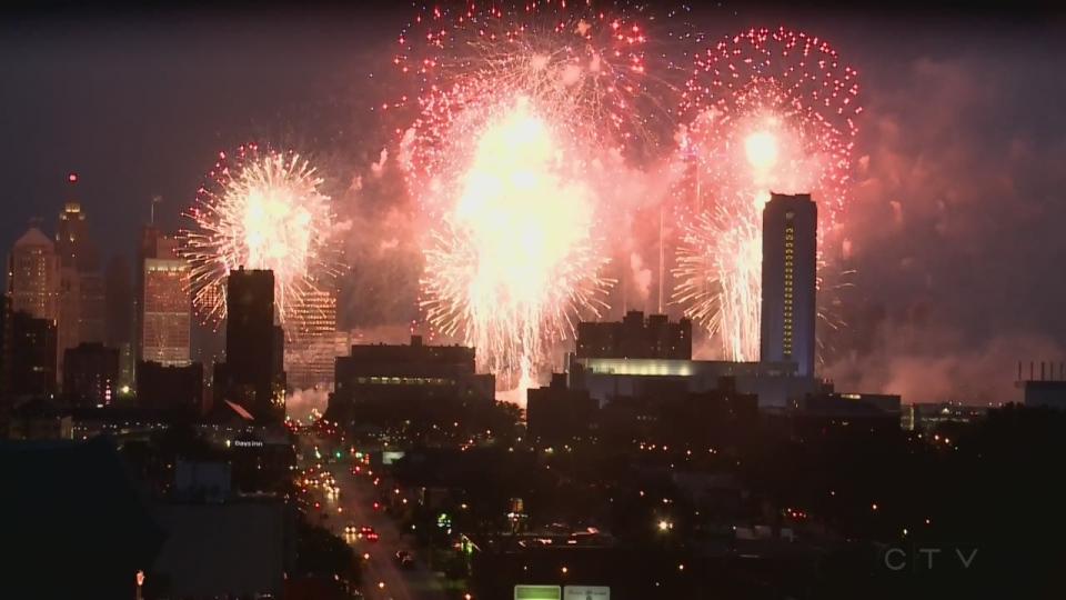 Detroit-Windsor fireworks