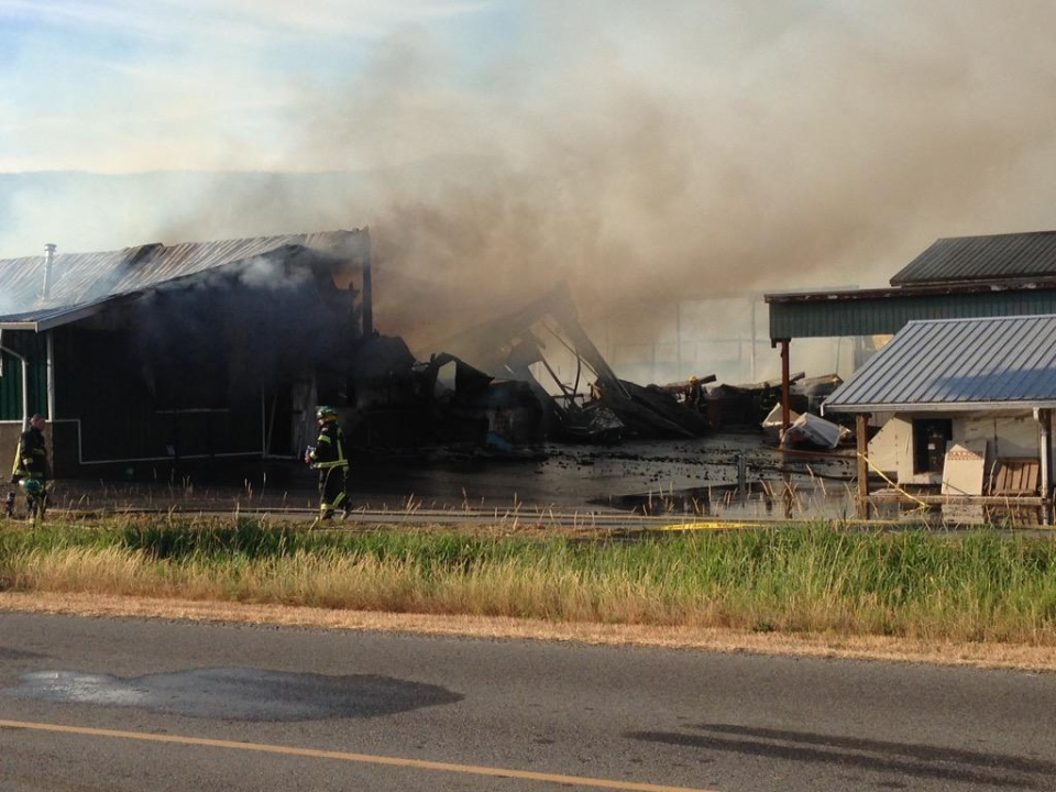 A fire has destroyed a barn in Abbotsford.