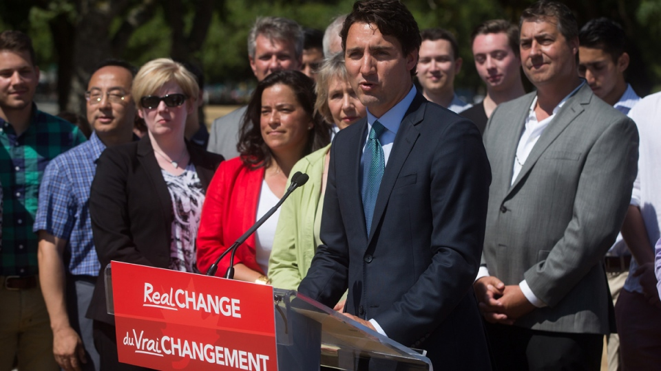 Liberal Leader Justin Trudeau announces his environmental platform at Jericho Beach Park in Vancouver, on Monday, June 29, 2015. (Darryl Dyck / THE CANADIAN PRESS)