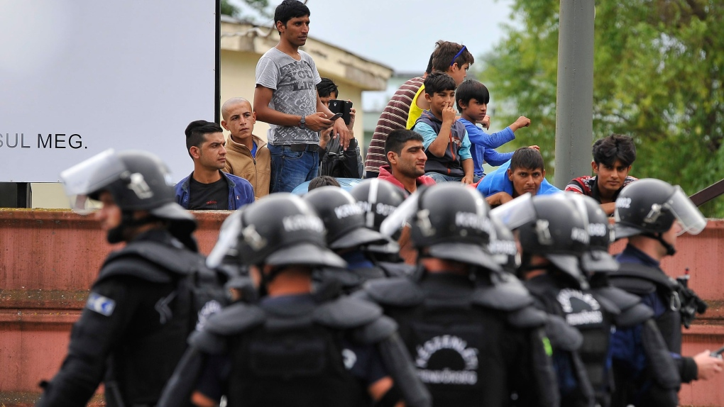 Fighting at Hungary refugee camp
