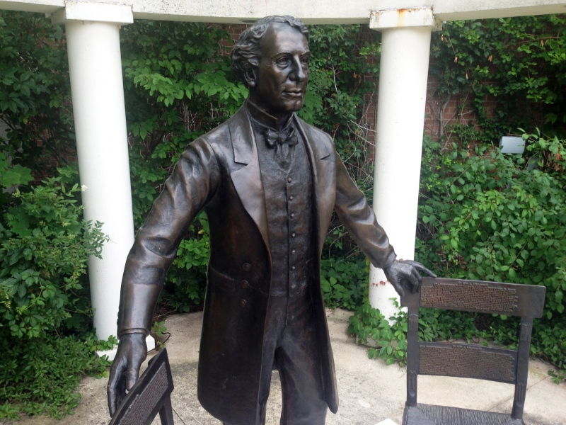 A statue of Sir John A. Macdonald was unveiled in the quad at Wilfrid Laurier University's Waterloo campus on Tuesday, June 30, 2015. (Dan Lauckner / CTV Kitchener)