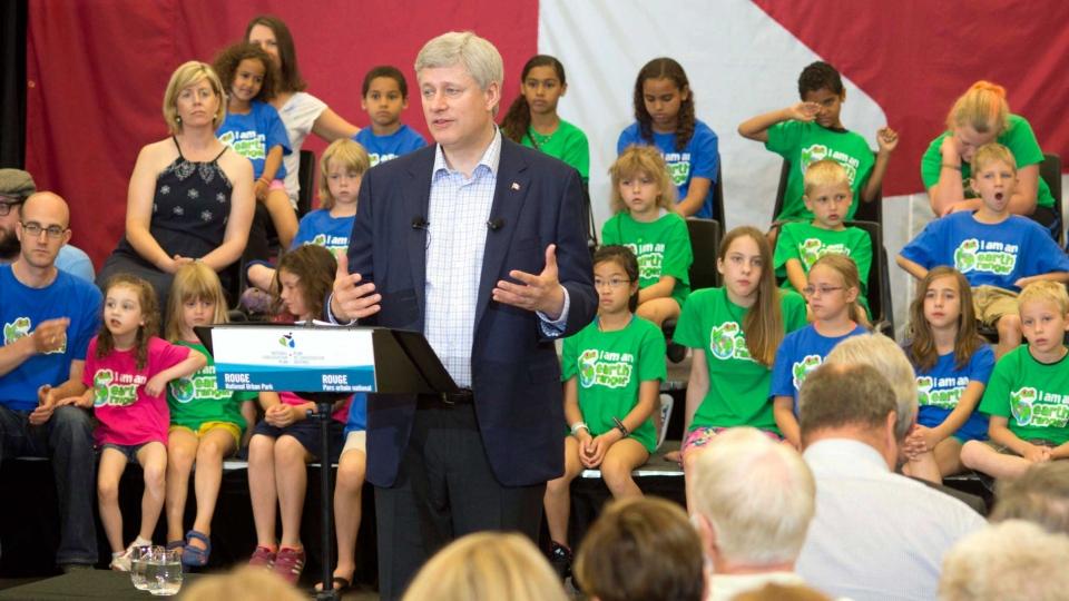 Harper speaks on Canadian economic downturn