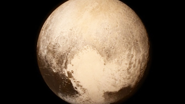 New image of Pluto from New Horizons