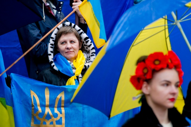 Ukrainian community demonstrates in Vancouver