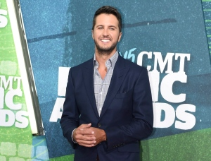 Country singer Luke Bryan arrives at the CMT Music Awards in Nashville, Tenn., in this June 10, 2015 file photo. (AP / Invision / Sanford Myers)