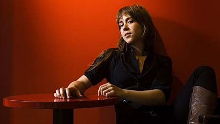 Singer Serena Ryder poses for a photograph on Monday, Nov. 10, 2008 in Toronto. (THE CANADIAN PRESS/Nathan Denette)