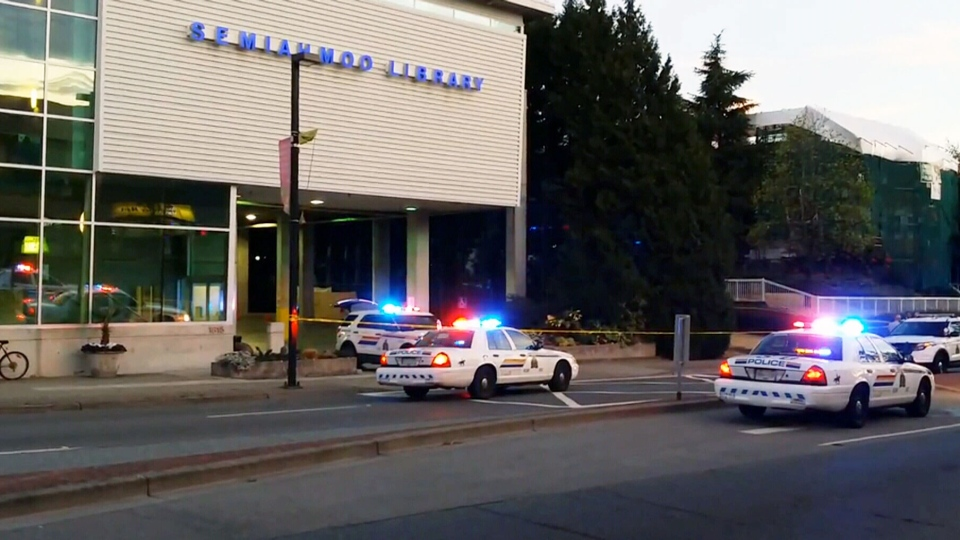 British Columbia's independent investigation team is looking into a shooting incident in Surrey, B.C., that left one man dead and a police officer injured.