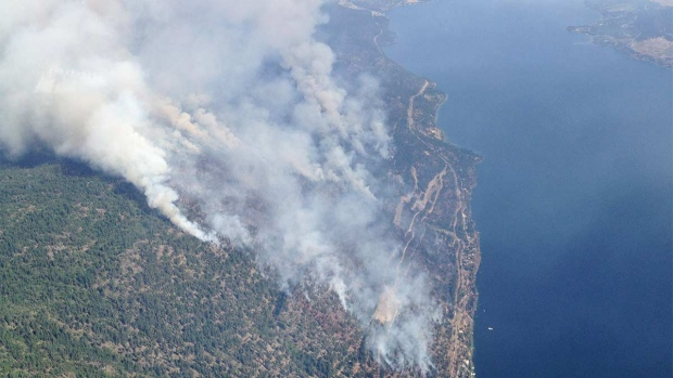 More than 100 new wildfires burn in b c evacuations for Landscaping rocks windsor ontario