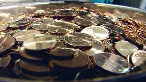CTV National News: Loonie sinks to record low