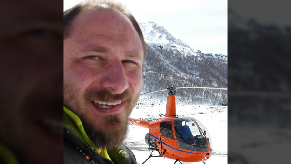 Russian pilot Sergey Ananov was flying from Iqaluit to Nuuk, Greenland, when his helicopter suffered a mechanical failure. (Sergey Ananov / Facebook)
