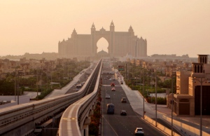 An avenue leading to the Atlantis hotel on the Palm Jumeirah Island in Dubai, United Arab Emirates on Wednesday, Sept. 8, 2010. (AP / Kamran Jebreili)