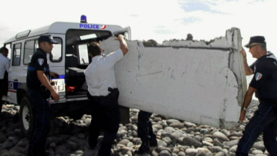 air crash investigation missing plane with Mh370 How A Wing Fragment Could Yield Trove Of Details On Lost Flight 1 on Silkair Flight 185 additionally U S Airmen Died Kyrgstan Military Tanker Refueling Plane Crash Identified further Emergency Landing For Plane On Durban Beach Front also Bodies Of Air France Af447 Flight Found 2 Years After Crash in addition Mh370 Plane Malaysia Disappearance Crash Anniversary 836854.