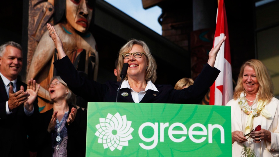 Elizabeth May, Leader of the Green Party of Canada, along with Green candidates and supporters, kicks off her election campaign from the Mary Winspear Community Centre in Sidney, B.C., Sunday, Aug. 2, 2015. (Chad Hipolito / THE CANADIAN PRESS)