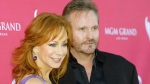 Reba McEntire, left, and Narvel Blackstock arrive at the 44th Annual Academy of Country Music Awards in Las Vegas on April 5, 2009. (AP / Jae C. Hong)