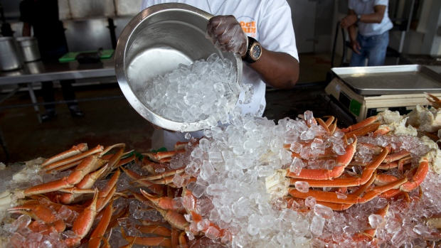 Two arrested after fight over crab legs at buffet