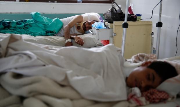 Yemen hospitals overwhelmed