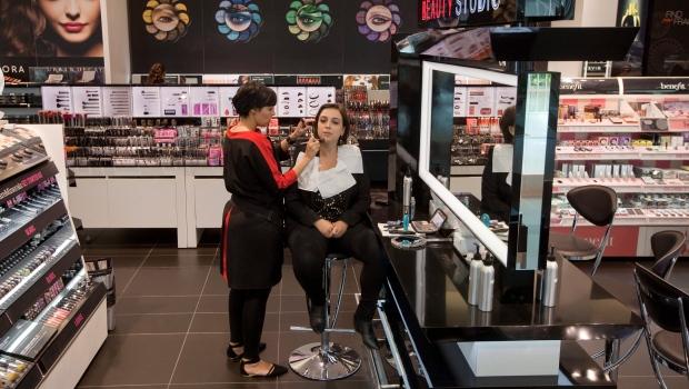 Sephora closes U S  stores for diversity training | CTV News