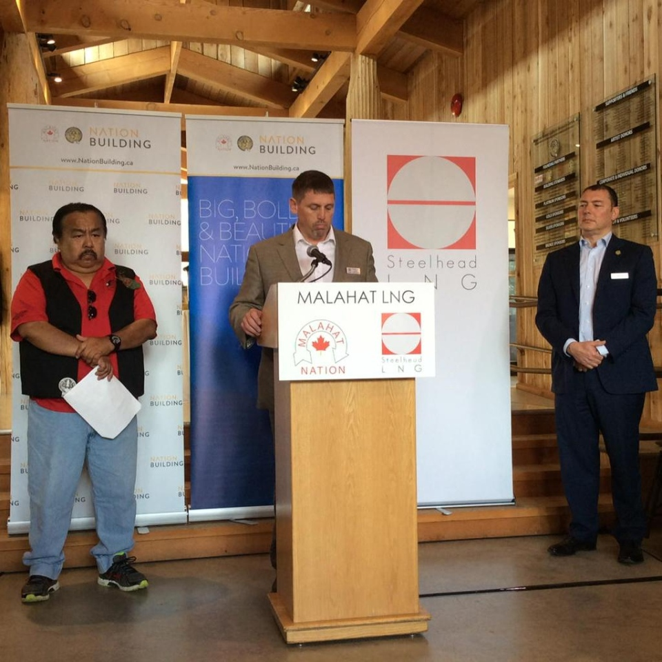 Steelhead CEO Nigel Kuzemko announces a new LNG project to be located on the Island alongside Malahat Nation Acting Chief Tommy Harry and CEO Lawrence Lewis. Aug. 20, 2015. (Twitter/@malahatfire)
