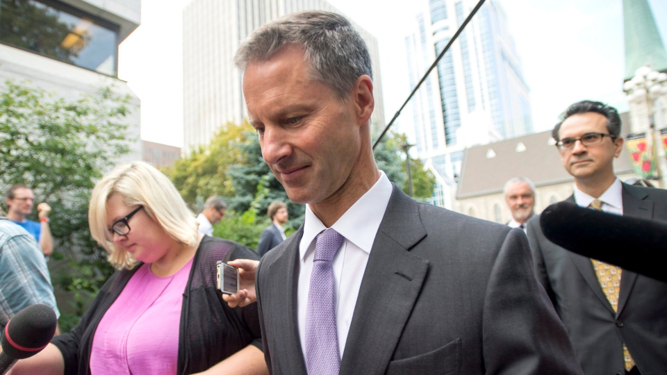 Nigel Wright, former chief of staff to Prime Minister Stephen Harper, heads to a courthouse to testify at the Sen. Mike Duffy trial in Ottawa, on Wednesday, Aug. 19, 2015. (Justin Tang / THE CANADIAN PRESS)