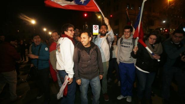 Chilean truck drivers protest arson attacks