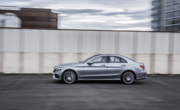 These are canada 39 s best selling luxury cars in 2015 ctv for Mercedes benz ontario phone number