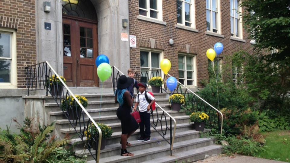 Students begin to arrive at Elizabeth Ballantyne