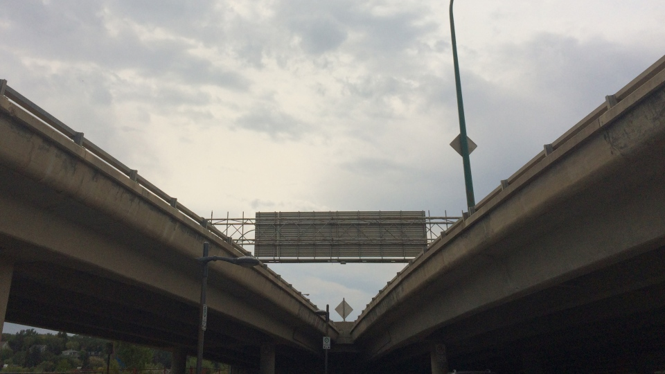 Idwylwyld Drive overpass