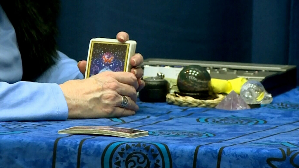 Edmonton police are warning people about a con involving fraudulent astrologers and psychic readers after one local family was swindled out of $85,000.