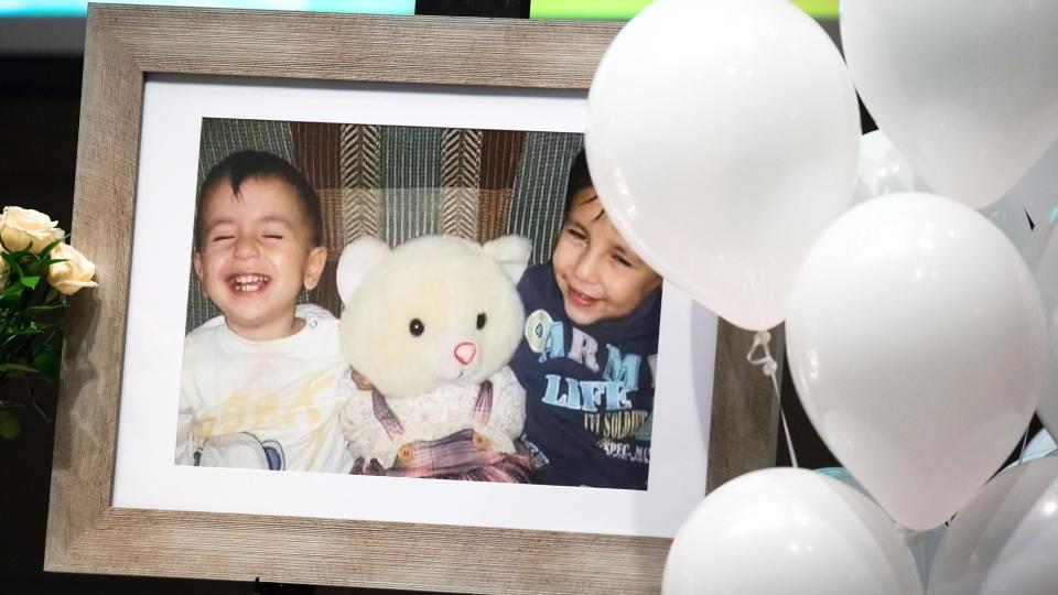 Kurdi family remembered during memorial