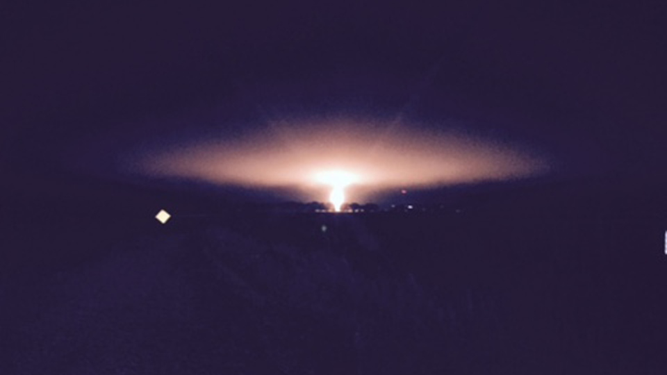 A natural gas pipeline fire in Kittson County, Minn., just across the border from Emerson, Man., raged for several hours Saturday evening and into Sunday morning. (Photo courtesy Jeff French)