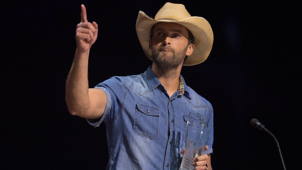 Dean Brody wins the video of the year award at the Canadian Country Music Association Awards in Halifax on Sunday, Sept. 13, 2015. (THE CANADIAN PRESS/Andrew Vaughan)