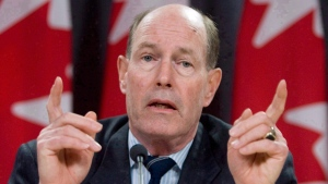 Former Bank of Canada governor David Dodge speaks with reporters, in Ottawa, on Thursday, Jan 24, 2008. (Tom Hanson / THE CANADIAN PRESS)
