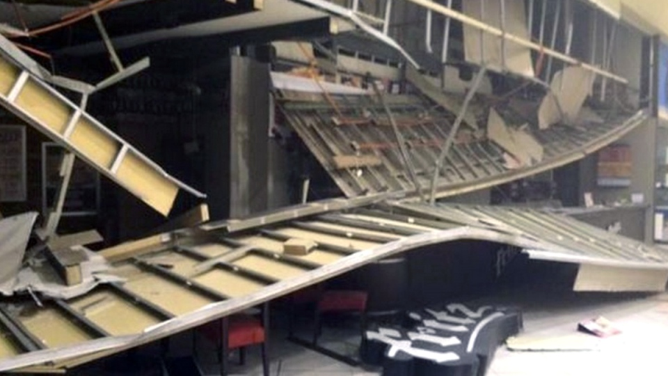 Damage caused at a mall following an 8.3-magnitude earthquake, in La Serena, Chile, Wednesday, Sept. 16, 2015. (Maikelsin / Twitter)