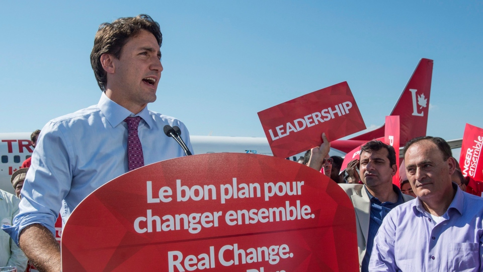 Liberal Leader Justin Trudeau addresses supporters in Montreal, on Friday, Sept. 18, 2015. (THE CANADIAN PRESS/Paul Chiasson)
