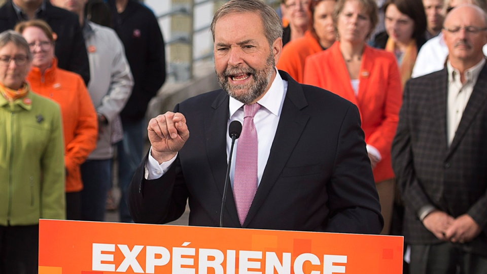 NDP Leader Tom Mulcair addresses supporters during a campaign stop in Moncton, N.B. on Tuesday, Sept. 22, 2015. (Andrew Vaughan / THE CANADIAN PRESS)