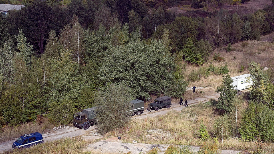 Polish military experts arrive at a spot in in southwestern Poland where a Nazi train missing since the Second World War could be located in Walbrzych, Poland, on Monday, Sept. 28, 2015. (AP / Natalia Dobryszycka)