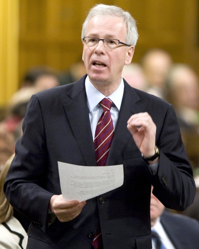 Liberal Leader Stephane Dion asks a question during question period in the House of Commons on Parliament Hill in Ottawa, on Wednesday Nov. 26, 2008. (Adrian Wyld / THE CANADIAN PRESS)