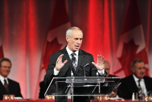 Hockey Night in Canada personality Ron MacLean speaks during an event in Toronto on Friday Sept. 28, 2012. (Aaron Vincent Elkaim / THE CANADIAN PRESS)