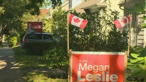 CTV News Channel: Dueling election signs