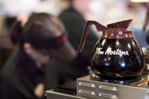 In this file photo, freshly-brewed coffee sits on a hot plate in a Tim Hortons outlet in Oakville, Ont. on Sept.16, 2013. (Chris Young/THE CANADIAN PRESS)