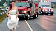 Bride takes wedding detour to help with crash