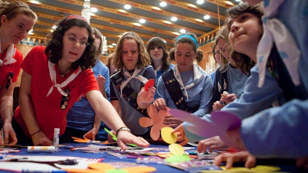 Girls Guides suspend trips to USA citing border concerns