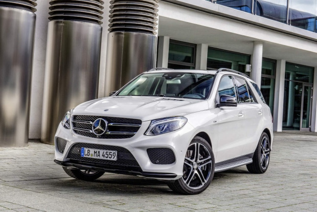 Mercedes-Benz redefines the luxury SUV segment; drives in its global best