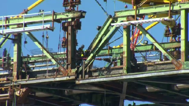 Deck panels lowered as Big Lift project gets underway