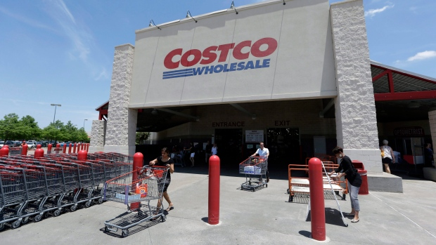 U.S. Costco stores to enforce members-only rule at food courts