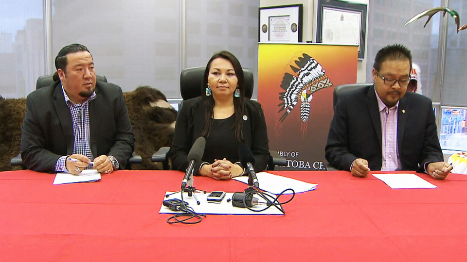 Left to right, Grand Chief of the Assembly of Manitoba Chiefs Derek Nepinak, Grand Chief of Manitoba Keewatinowi Okimakanak Sheila North Wilson, and Kevin Hart, Manitoba regional chief with the Assembly of First Nations, speak at the Assembly of Manitoba's Chiefs' office in Winnipeg, on Tuesday, Oct. 20, 2015.