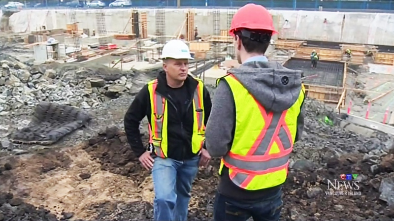 Workers are seen at a construction site in Victoria in this file photo from 2015. (CTV)
